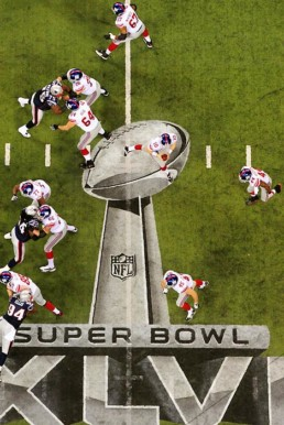 Players during Superbowl 2012